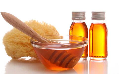 На фото мёд