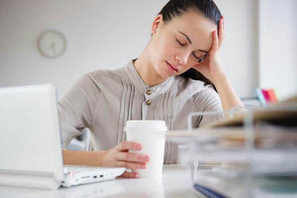 утомляемость при шипах в коленях