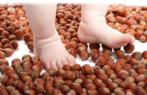 физкультура для стоп малышей