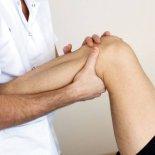 Причины вылета колена и способы лечения