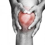 Характеристики артрита коленного сустава: симптомы и лечение