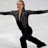 Как и где, Евгений Плющенко менял коленный сустав?