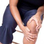 Отек коленного сустава – возможные причины и лечение